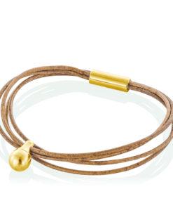 Cognac farvet læder armbånd med guld charm til aske